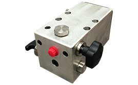 Hydrotest pumps & accessories. Manually operated hydrotest pumps