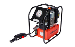 Torque Wrench Pumps. Premium Line.